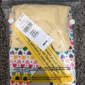 GAP Pajamas - New!!  BabyGap PJ Set - Size 3 Years